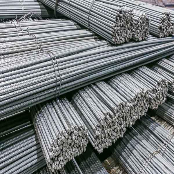 فروش میلگرد و آهن آلات در بازار